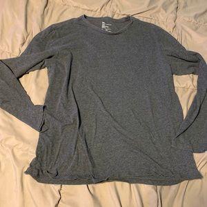 Gap the essential crew men's shirt size XL grey